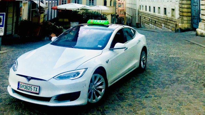 E-Taxi in der Sporgasse